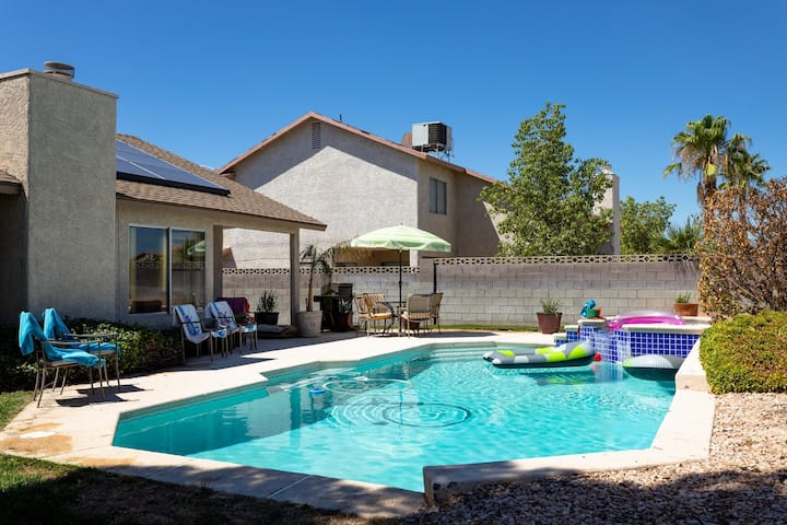 Pool house summerlin area  3 bed 2 bath