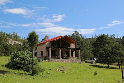 Beautiful Cottage in Sierra Tarahumara Near Creel