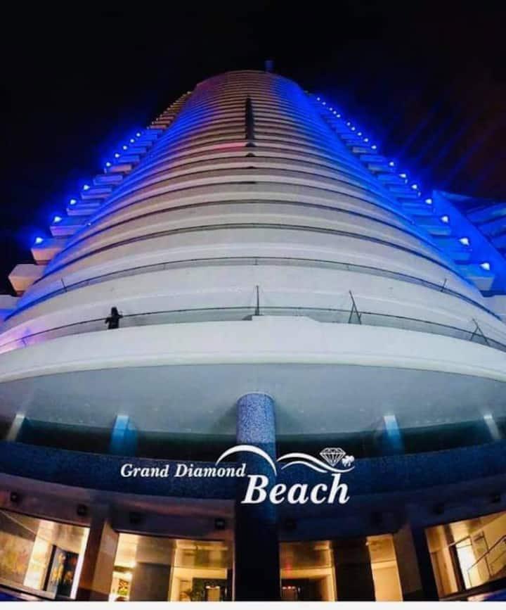 GRAND DIAMOND BEACH Tus vacaciones frente al mar