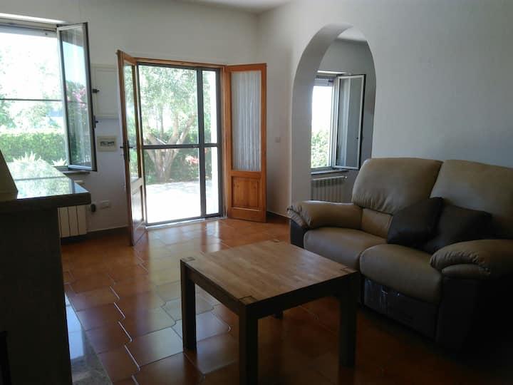 Villa à la campagne à 10 mn de  Le Castella