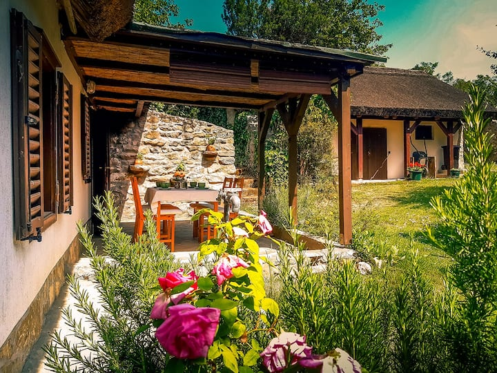 Romantic & rustic getaway at Lake Balaton