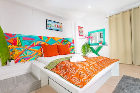 Caribbean Oceanfront Gated Community Private Cottage