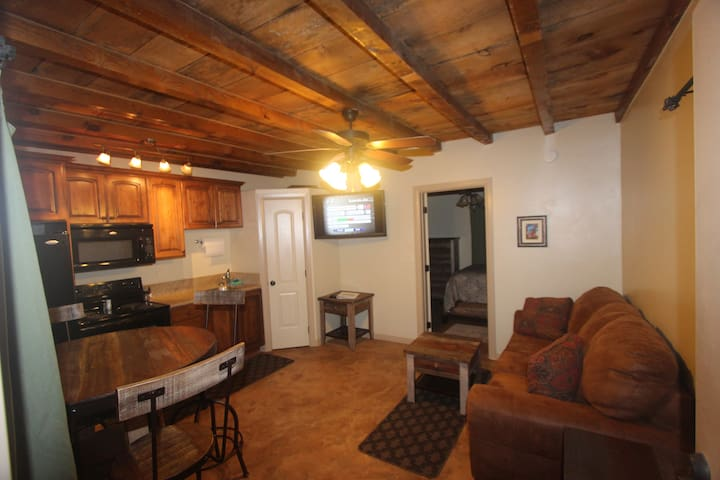 Kanab Villa - Near Grand Cyn, Zion, Best Friends - Kanab - Appartement