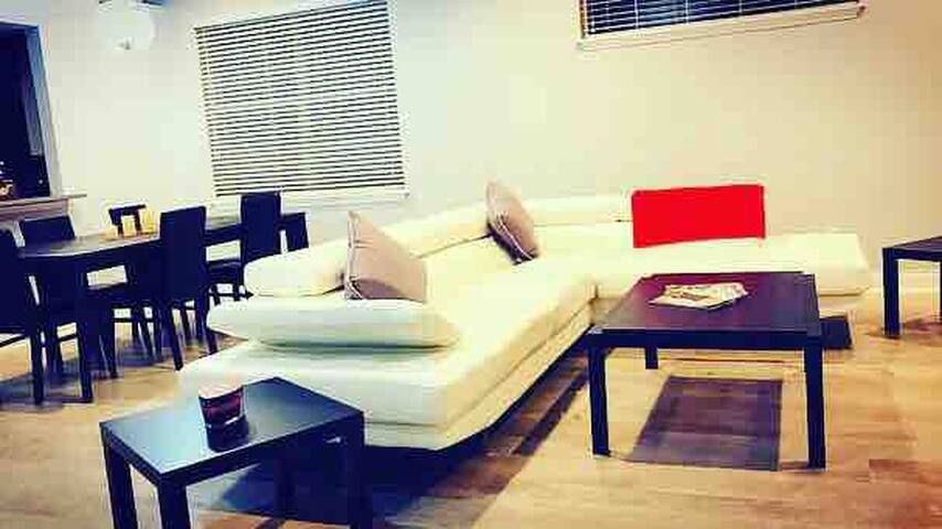 Private Luxury Room