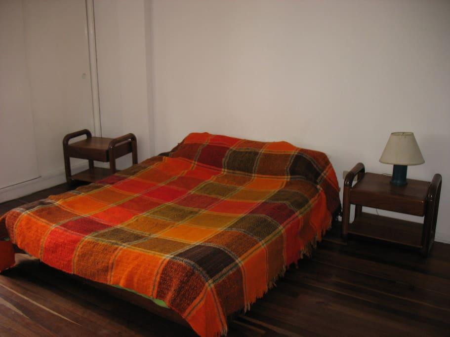 Habitación principal cama doble para 1 o 2 personas