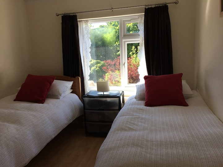 Near to Heathrow airport and Central London