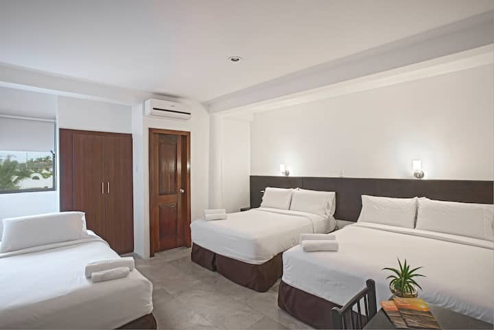 Habitación Familiar en Hotel La Ría Playas