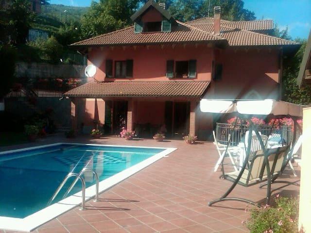 Appartamento in villa nelle verdi colline Genovesi - Savignone - Huvila
