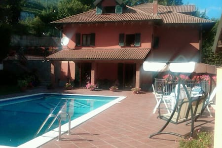 Appartamento in villa nelle verdi colline Genovesi - Savignone