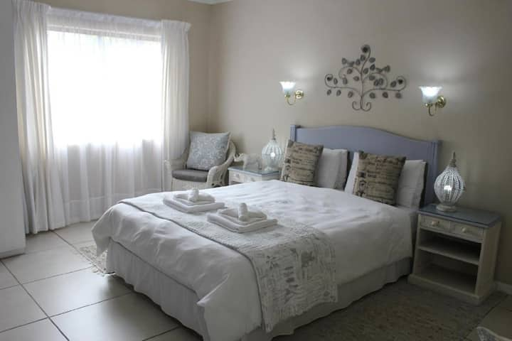 The Sabie Town House - Double or Twin Room