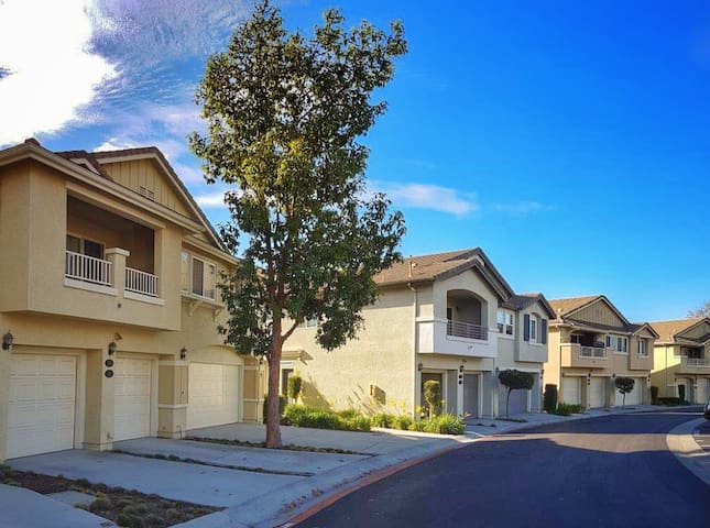 Townhome in Eastlake - Chula Vista