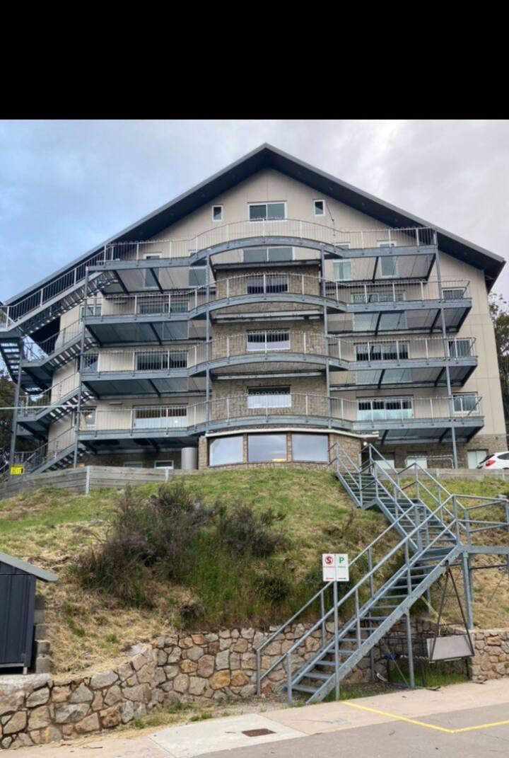 Alpine Getaway - super location