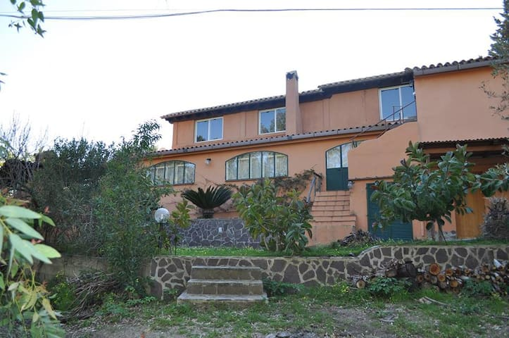 Beautiful and quiet detached house near the sea