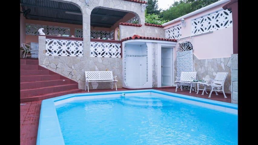 Villa Riquera