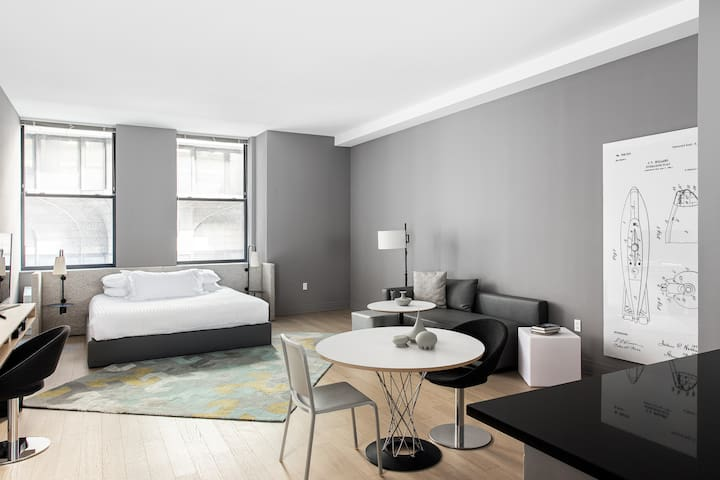 LYRIC - Hotel Extended Studio Suite with Kitchen