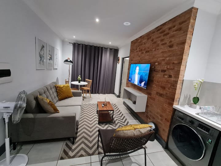 Upmarket one-bedroom apartment at Menlo Park