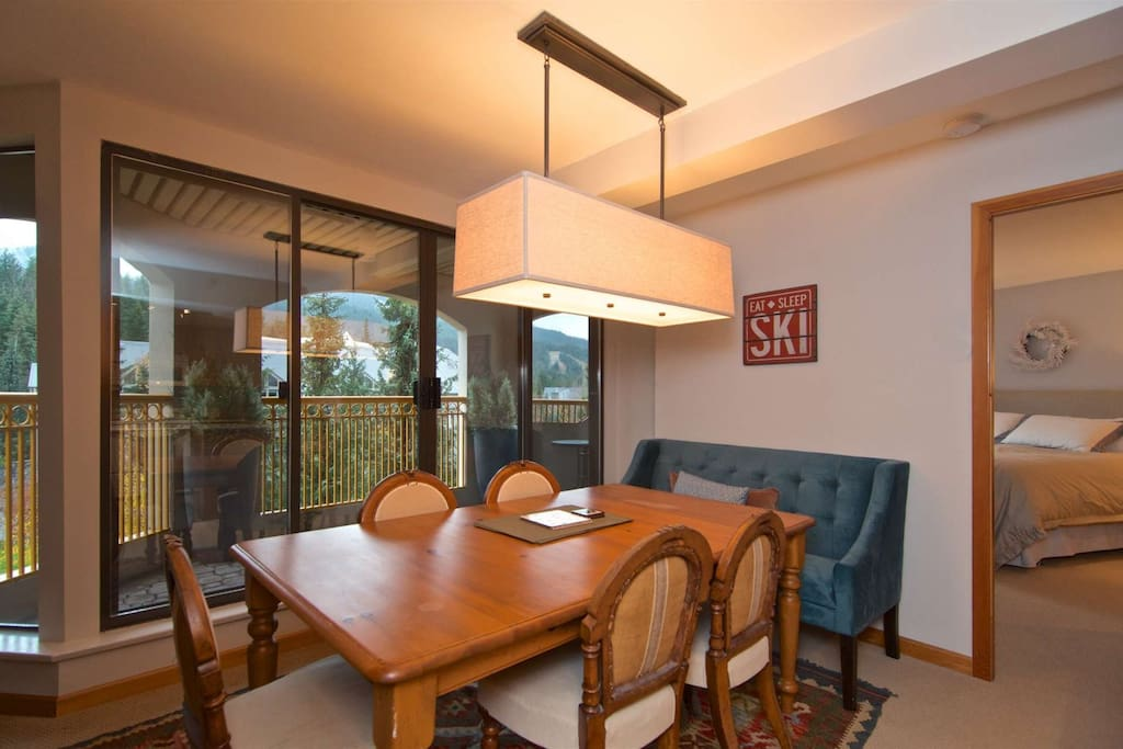Beautiful dining room with Spectacular View , and dining for 6 plus
