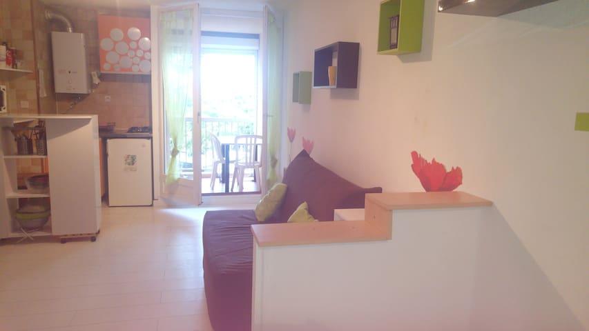 Nice studio near the beach & Wifi