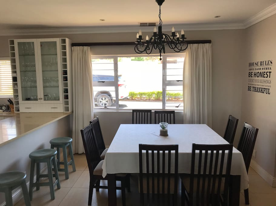 Dinning room and Breakfast area