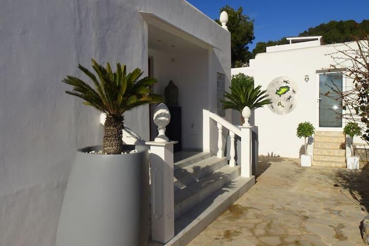 Amazing villa near Ibiza town