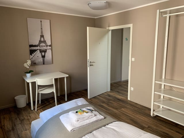 Cosy travel apartment direkt at city & subway