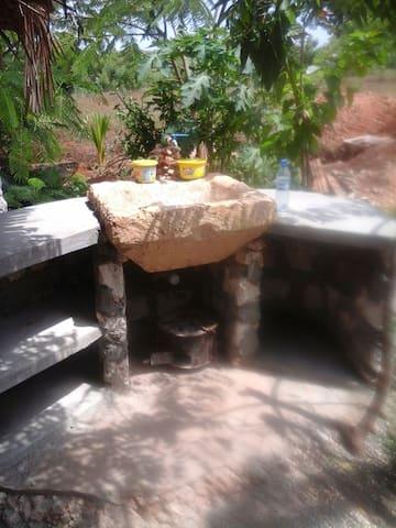Eco Tripper Camp - Kilifi - Casa na Terra
