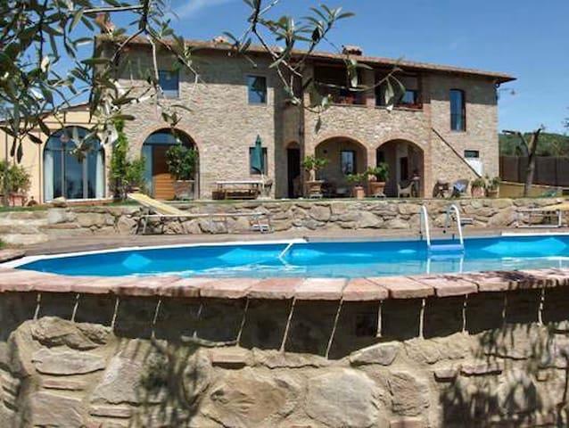 La Limonaia apartment in Vinci