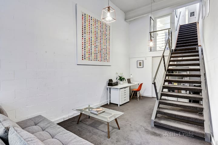Cosy Warehouse Converted Townhouse - Richmond - Adosado