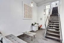 Cosy Warehouse Converted Townhouse
