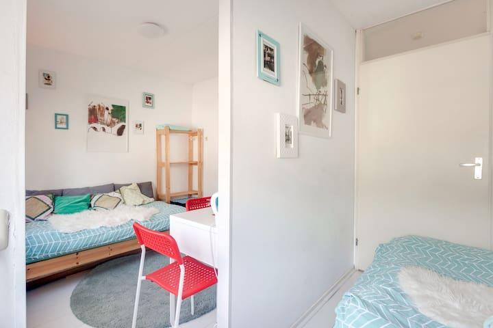 SPECIAL OFFER NOV Raven 2rooms 1dubbl+1singl bed