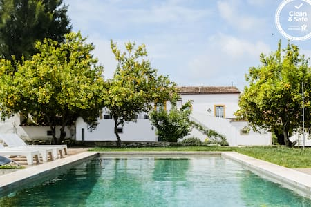 Unique House - Alentejo! Swimming Pool & Garden!