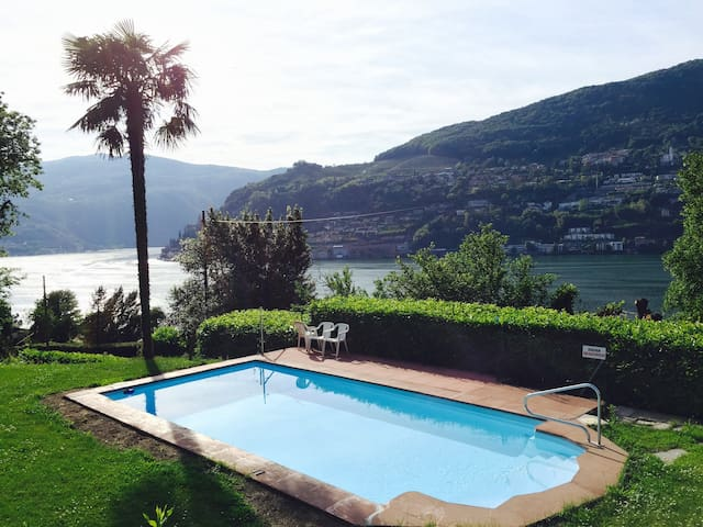 Relaxing Stay with a Stunning View on Lugano Lake - Brusino Arsizio - Wohnung