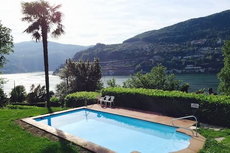 Relaxing Stay with a Stunning View on Lugano Lake - Brusino Arsizio - Lejlighed