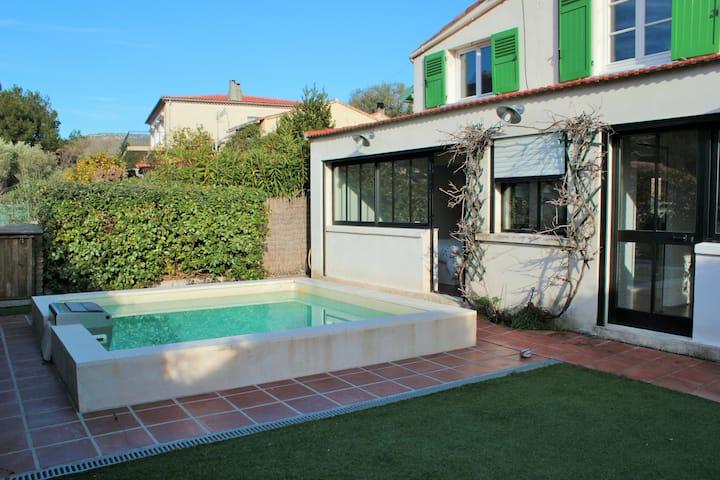 Grande maison de Famille piscine Toulon