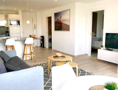 Beachside apartment in Puerto Banus (31)