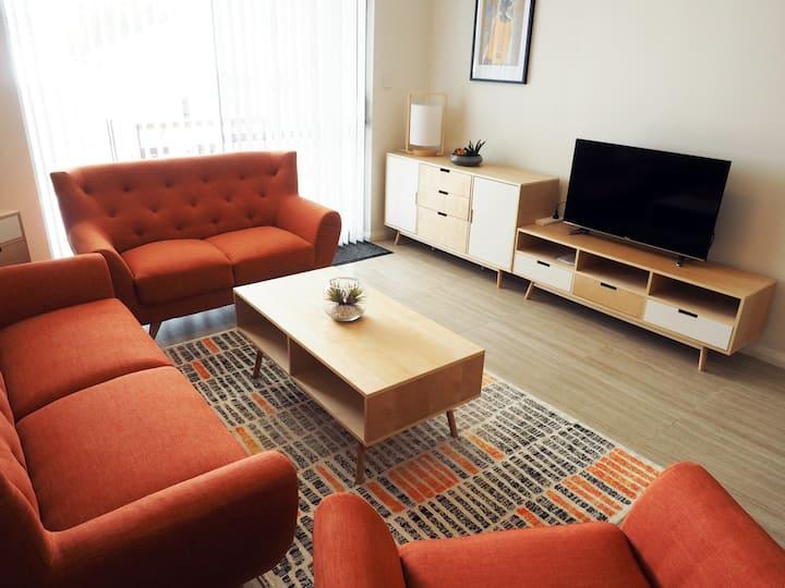 Modern 2 bedroom apartment near Fremantle