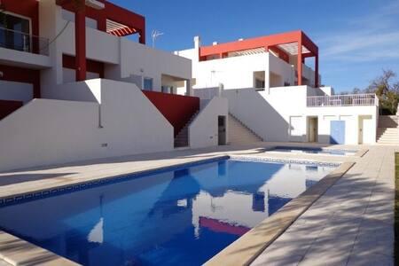 Casa Alfarroba - 25957/AL - Alcantarilha - Pis
