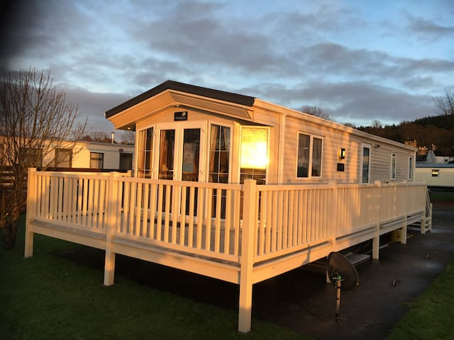 17 riverside view creetown caravan park 2 bedroom