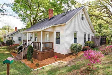 Renovated home in historic Dunean Mill community - Greenville - Rumah
