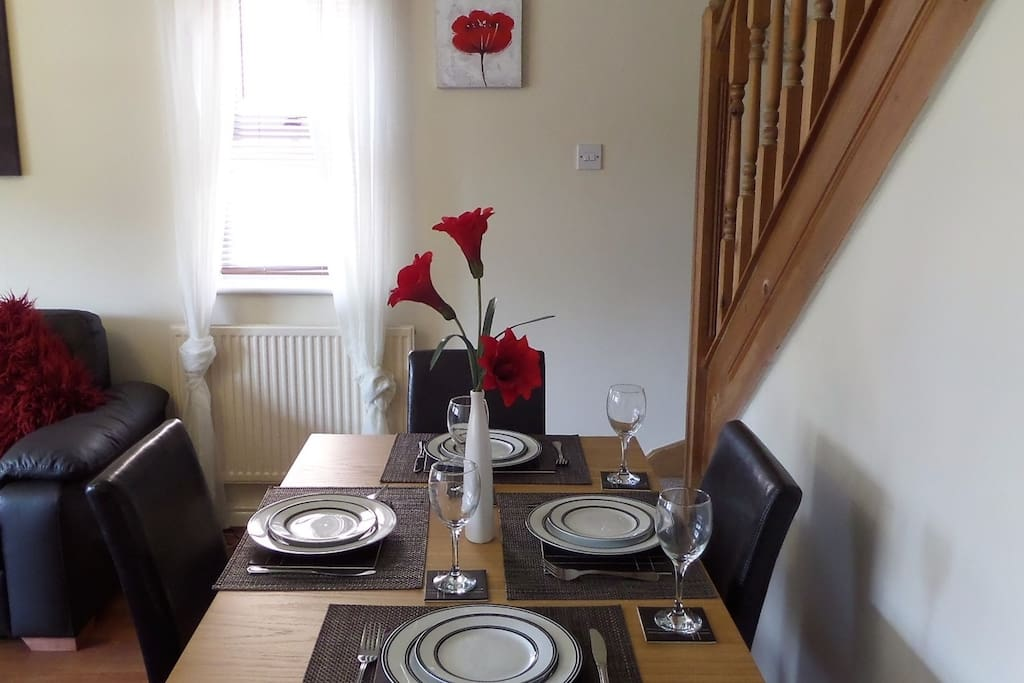 Dining table seats 4 people (all tableware, crockery etc supplied)