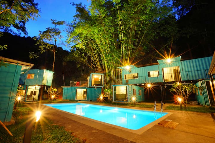 Tropical Jungle Home stay by COBNB #SBTB02
