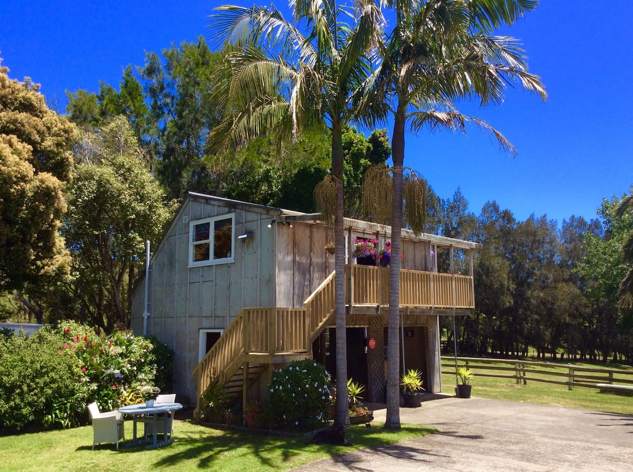 muriwai homestead cottage perfect spot to relax in muriwai
