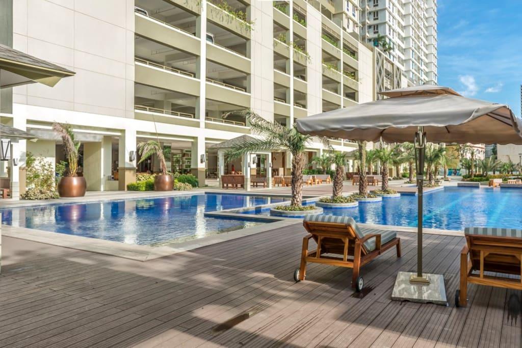 BEST VALUE & PLACE in Manila! Near DLSU & SM MOA