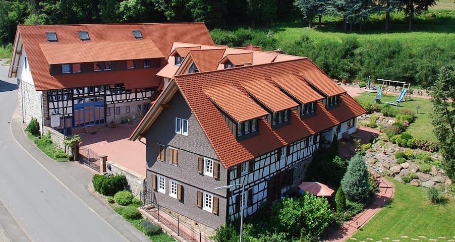 Glattbacher Hof - Ferienwohnungen im Odenwald App7 - Lindenfels - Vakantiewoning