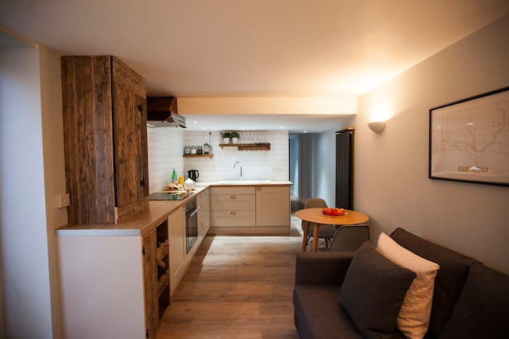 15c Goulden Road · Cute apartment in fashionable West Didsbury