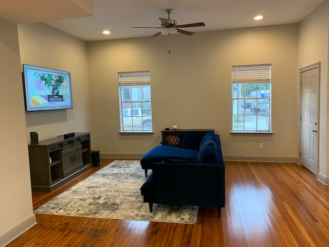 Cozy-Comfort in Historic Bayou St. John