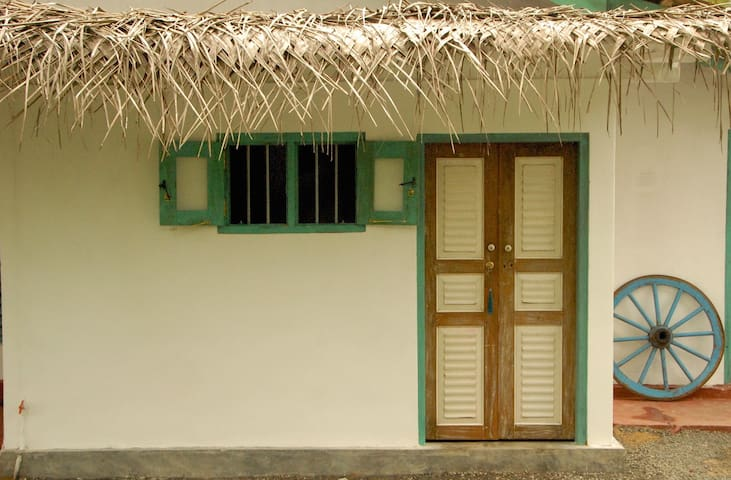 DOTS Bay House Hiriketiya Room 3 - Dikwella - Bed & Breakfast