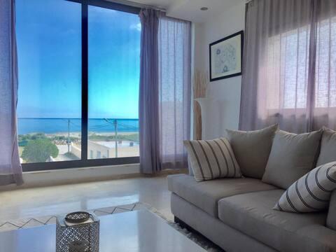 High standing beachfront villa - near Kelibia