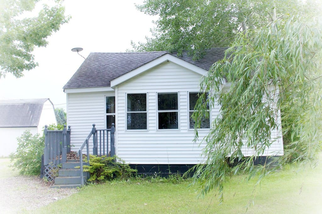 Over The Rainbow Lexington Mi Cabins For Rent In