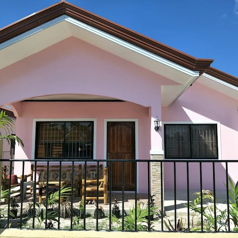 MJBarb's INN #PINK ( entire house)